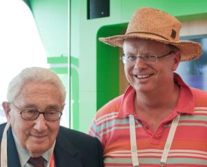 Henry Kissinger is shorter than Trefor Davies