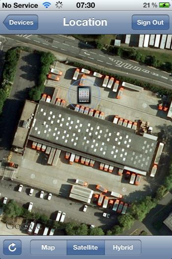 tracking photo of iPad loaded onto lorry at the TNT depot