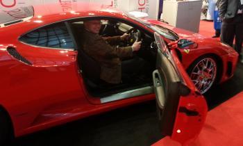 Tref sat in Ferrari