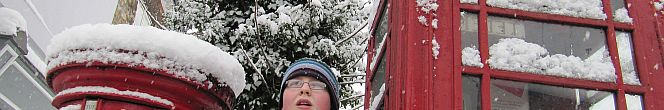 phonebox in snow in Lincoln Bailgate