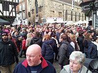 crowds in Castle Hill at the Lincoln Christmas Market 2011