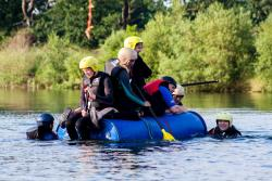 we win - what a fantastic raft!
