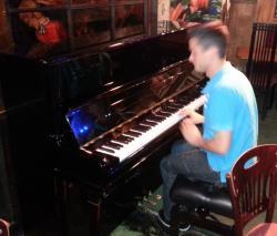 piano at Phoenix Artist Club