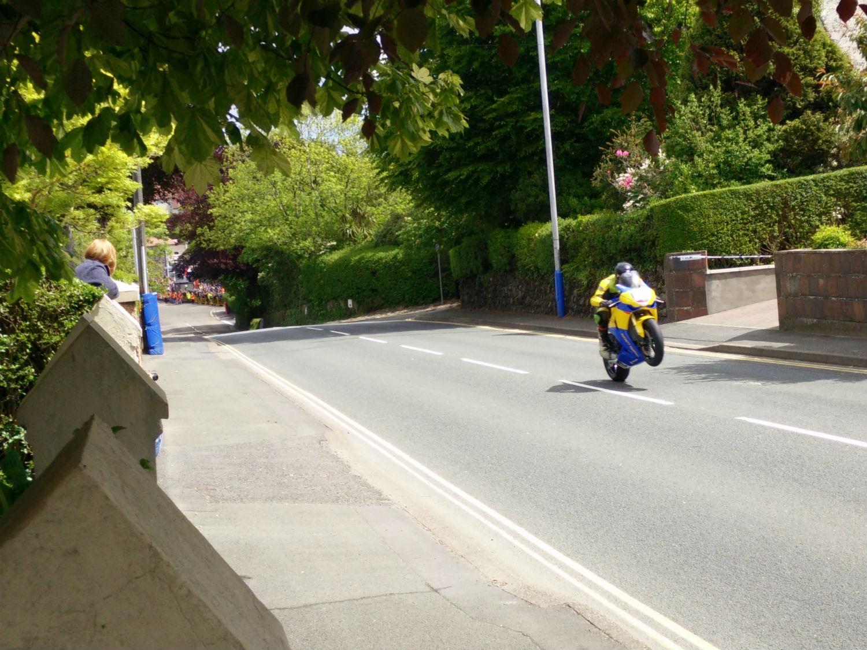 TT wheelie quarterbridge road